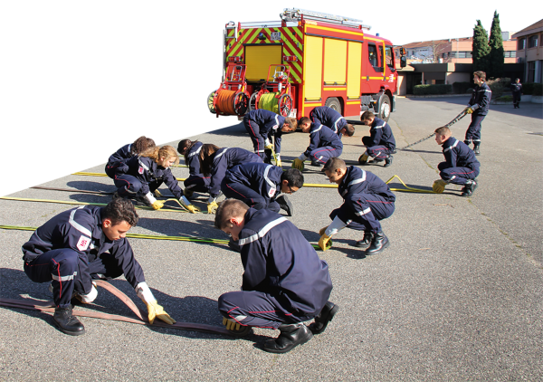 V2COUVsapeurpompiers.png